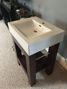Brand new stand alone sink