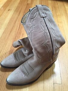 Cowboy Boots for sale! 2 pair Mens Size 8 Great condition! Regina Regina Area image 1