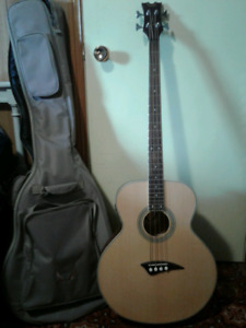 Dean Acoustic Bass and Amp