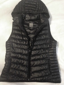 Old Navy Insulated Vest (Fall is just around the corner!!)