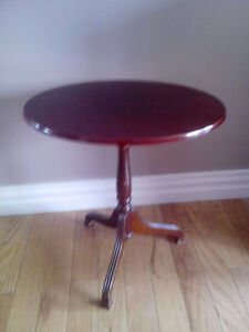 Tilting Accent Table