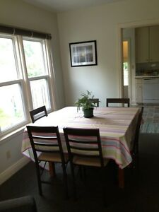 Walk to UWO close to Western campus 2 bedrooms for May lease London Ontario image 5