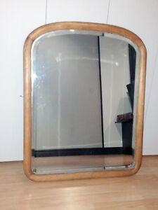 Miroir antique en bois biseauté