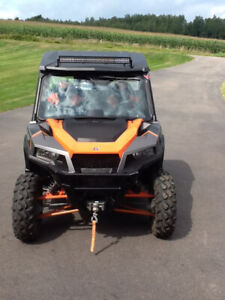 2017 Polaris General 1000 Deluxe Side by Side ATV