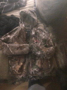 Realtree Size Medium $30
