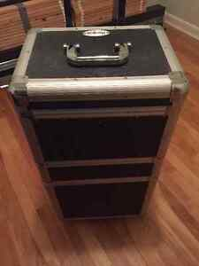 Professional make-up / Craft case (wheels)