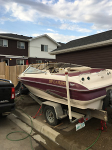 REDUCED - 1999 Larson LXi186