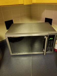 Microwave Dunby $30