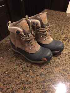 Men's - North Face Winter Boots