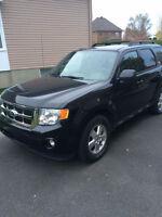 Ford Escape XLT AWD 4cyl 2011 – 10,999$ *** Encore sous garantie