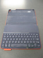 Used iPad Case with keyboard