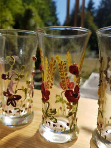 60 year old GLOWING ANTIQUE HANDPAINTED GLASSES...... Vancouver Greater Vancouver Area image 6