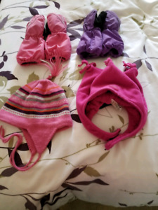 Girls Winter hats & gloves size Small