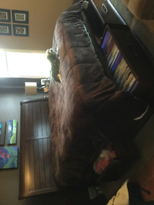 King size sleigh bed with six drawers
