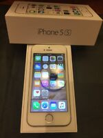 iPhone 5s 16GB silver locked to Telus