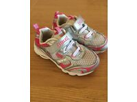 Everlast Silver & Pink Girls Trainers Size 9 (small 9)