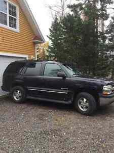 2003 Chevrolet Tahoe LZ SUV, Crossover