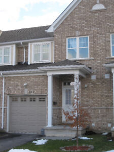 3 BEDROOM TOWNHOME IN RIVER PARK