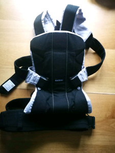 Baby Bjorn One Carrier Black