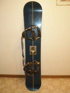 Ride 148 cm Snowboard with Bindings