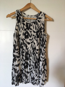 Size Small Brand Name Maternity Clothes - Stork & Babe, and more