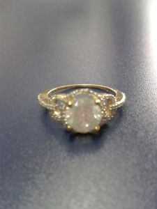 Beautiful 1.54 carat  14 K Gold engagement ring PRICE DROP!! Edmonton Edmonton Area image 5