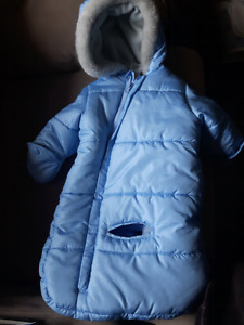 Snow suit 0 to 6 months