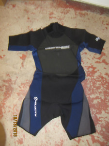 Mens Blue Body Glove Shorty Wetsuit Size L for Sale. NEW