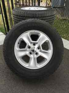 Pneus Goodyear Fortera HL + Mags Jeep 17""