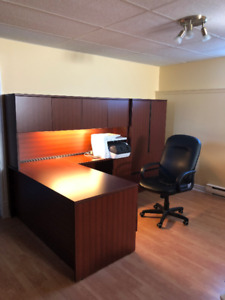 Office Furniture/Ameublement de bureau