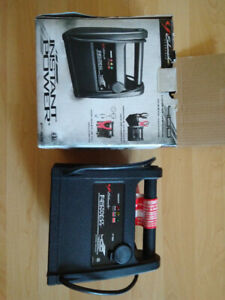Jump Starter (400 PEAK AMPS)