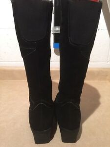 Women's Tall Black Winter Boots Size 9 London Ontario image 5