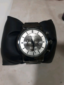 Kenneth  Cole watch like new