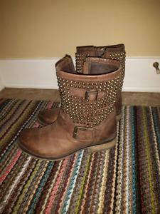 Steve Madden Brown Leather Boots