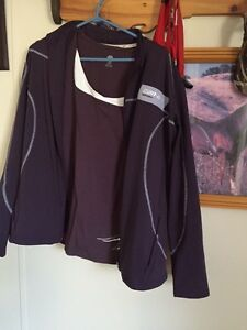 Like new Can Am Spyder Tshirt and jacket Realy nice set