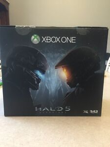Halo 5 Guardians Limited Edition X-Box One 1 Terabyte Console