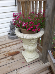 STONE PLANTERWith the Urn Garden Pots and Planters you have ver