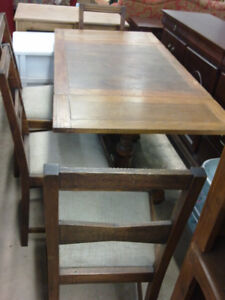Antique solid wood table with 4 chair