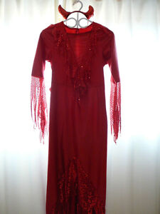 Costume diable (taille 9/11 ans )