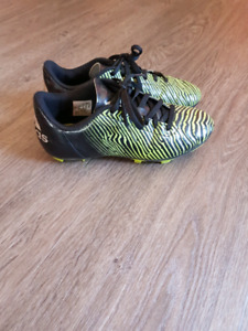 Size 4 youth soccer cleats