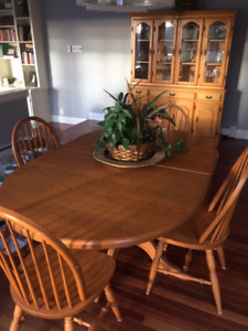Bass River Oak Table Chairs And Hutch
