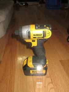 Dewalt 20v Max Hammer Drill/Driver and Impact Set Kingston Kingston Area image 9