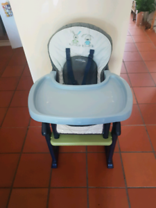 Baby chair & table.