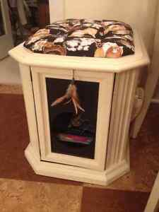 Kitty Bed from refurbished End Table