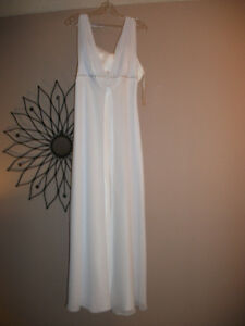 NEW WEDDING DRESS - PRICE TAG ATTACHED