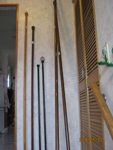 DIFFERENT SIZE AND STYLE CURTAIN RODS