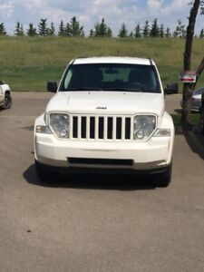 2010 Jeep Liberty Sports 4X4 (With Towing Package)