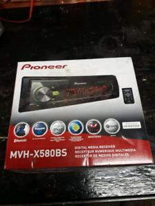 Pioneer MVH-X580BS Deck NEW