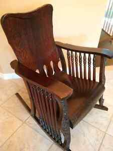 Antique Oak - 7 Spindle Rocking Chair Kitchener / Waterloo Kitchener Area image 5