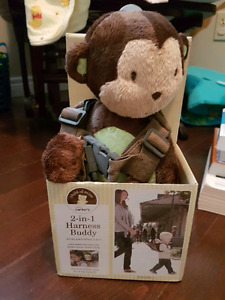 BRAND NEW carter's child of mine 2 in 1 harness bud